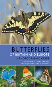 Butterflies of Britain and Europe: A Photographic Guide